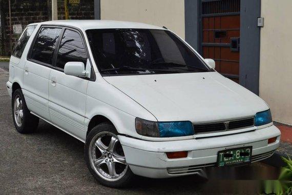 1994 Mitsubishi SPACE WAGON M T 17in Mags