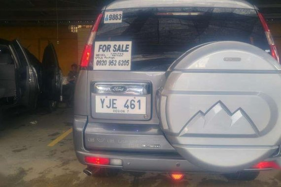 Like New Ford Everest for sale