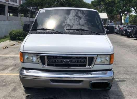 2004 Ford E150 FOR SALE