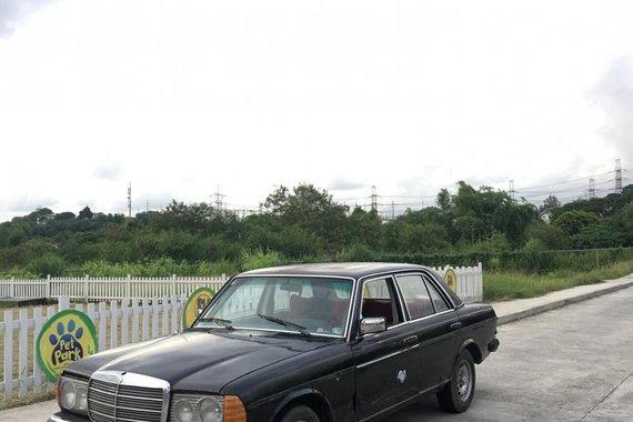 For sale: Mercedes Benz W123 200D 1990