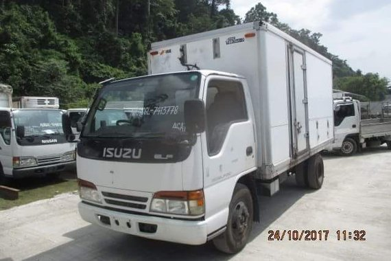 Refrigerated Van - ISUZU NKR - 14ft - Japan Surplus Truck
