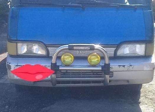 Kia Besta 2.7 2002 Blue Van For Sale