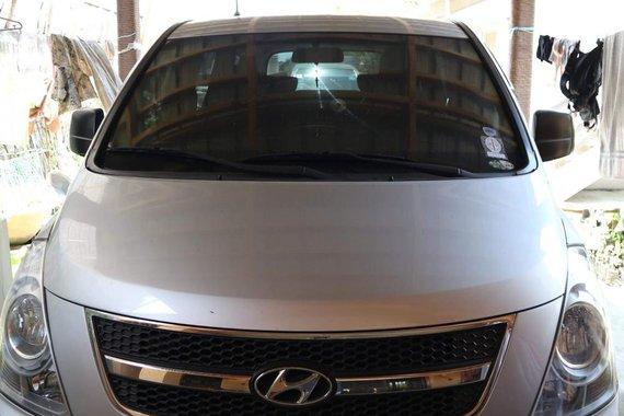 Hyundai Grand Starex 2009 Silver For Sale