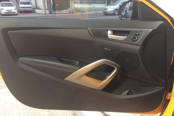 Almost brand new Hyundai Veloster Gasoline 2013