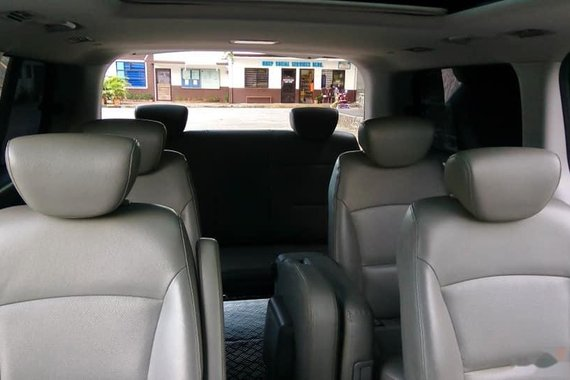 2014 Hyundai G.starex Automatic Diesel well maintained