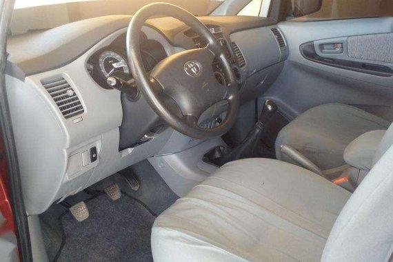 Toyota Innova E 2008 FOR SALE