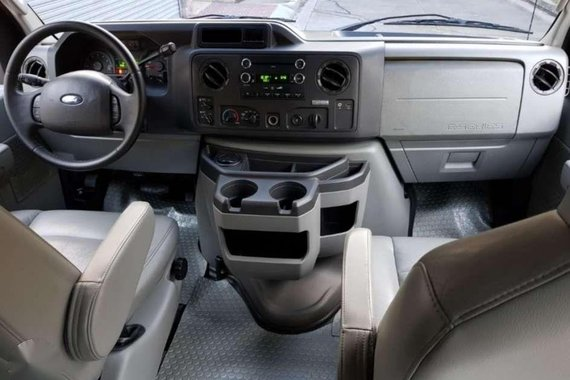 2011 Ford E150 Black Captain seats