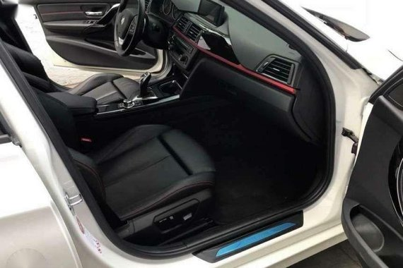 BMW 328i Sport Line 20Tkms AT 2014 Local Purchased