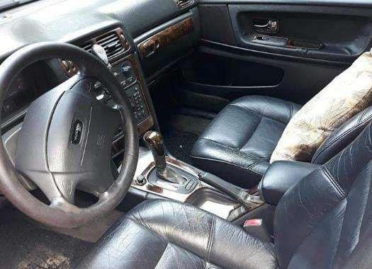 2000 Volvo S70 G automatic transmission Good condition