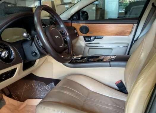 2013 Jaguar XJ Premium Luxury SWB FOR SALE