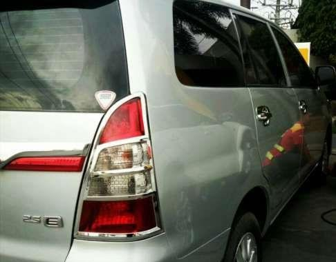 TOYOTA Innova E automatic diesel 2016model fresh and loaded lady own rush