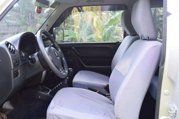 Suzuki Jimny 4x4 2015 MT for sale