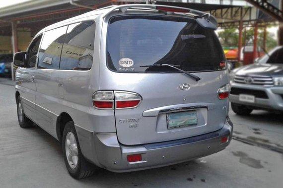 Selling Hyundai Starex 2004 in Mandaue