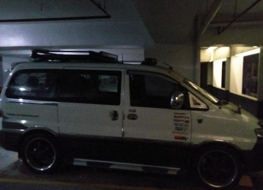 Selling Hyundai Starex 1998 at 100000 km in Manila