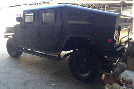 Selling Hummer H1 Automatic Diesel for sale in Santo Tomas