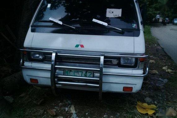 Selling 2nd Hand Mitsubishi L300 1999 Manual Diesel at 100000 km in Caloocan