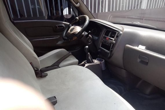 2nd Hand Hyundai H-100 2010 for sale in Pasig