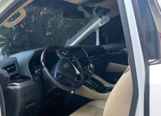 Used Toyota Alphard 2016 for sale in Taguig