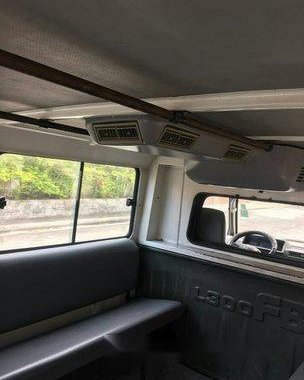 White Mitsubishi L300 2009 at 121000 km for sale