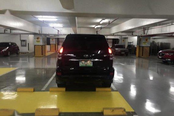 Toyota Land Cruiser Prado 2007 Automatic Gasoline for sale in Makati