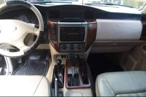 Selling Nissan Patrol Super Safari 2009 Automatic Diesel in Dasmariñas