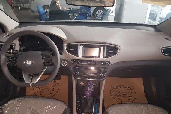 Selling Brand New Hyundai Ioniq in Santa Rosa