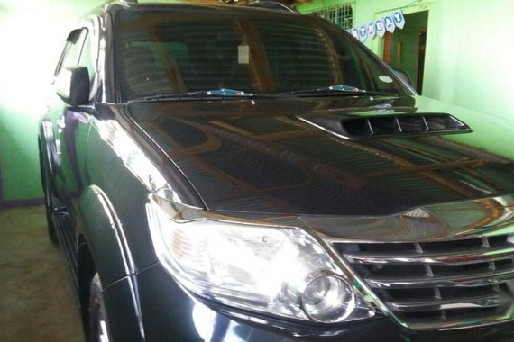 Selling 2nd Hand Toyota Fortuner 2013 Automatic Diesel at 80000 km in San Isidro