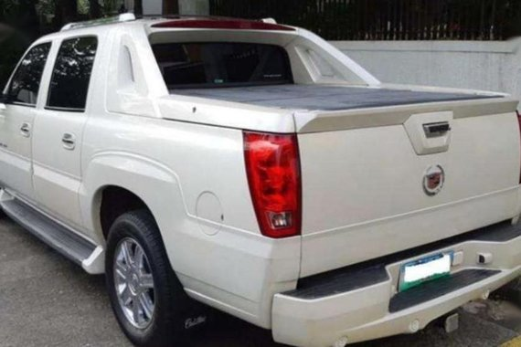Cadillac Escalade 2004 Automatic Gasoline for sale in Quezon City