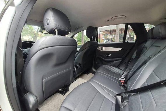 2nd Hand Mercedes-Benz C200 2017 at 13000 km for sale