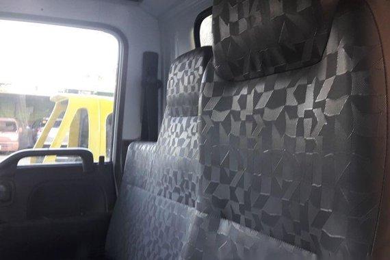 Sell 2005 Isuzu Elf Van in Marikina
