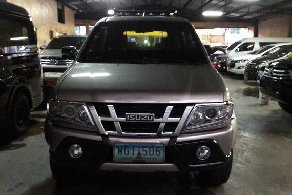 Silver 2013 Isuzu Crosswind Automatic Diesel for sale