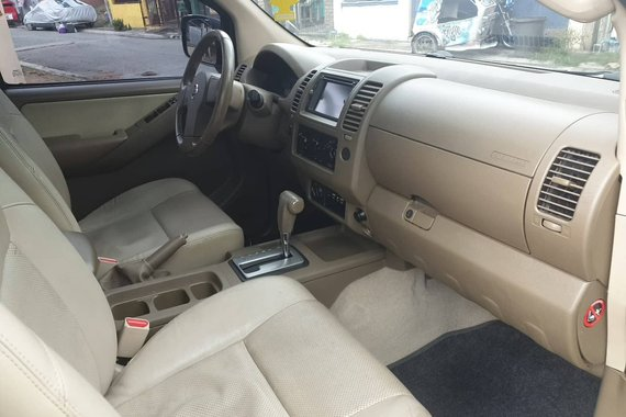 Used Nissan Navara 2015 Truck at 65000 km for sale