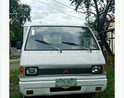 Selling Used Mitsubishi L300 1999 in Bulacan