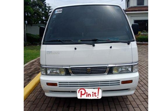 White Nissan Urvan 2010 Manual Diesel for sale