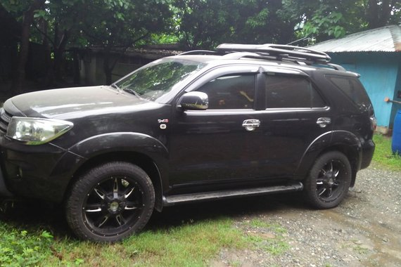 Sell Used 2009 Toyota Fortuner Automatic at 70000 km