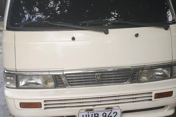 Selling 2nd Hand Nissan Urvan 2005 Manual in Quezon City