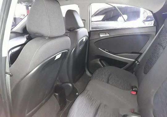 Sell White 2018 Hyundai Accent at 9121 km