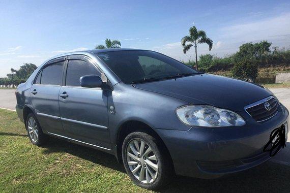 Selling Used Toyota Altis 2004 Sedan at 145000 km
