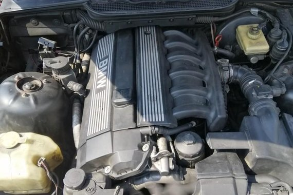 Bmw 320I for sale in Quezon City