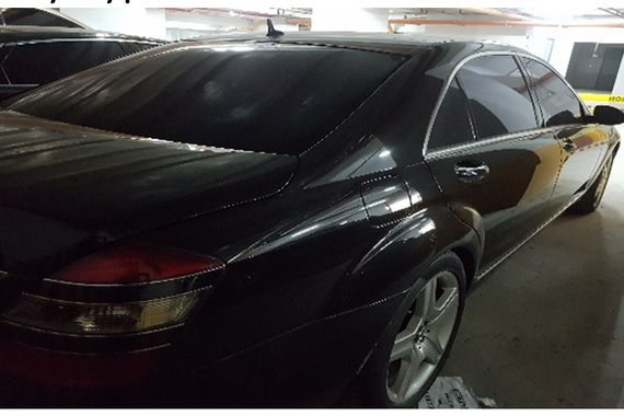 2006 Mercedes-Benz S500 well maintained