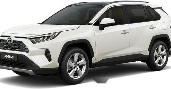 White Toyota Rav4 2019 Automatic Gasoline for sale