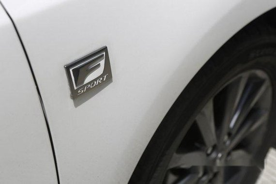 White Lexus Ct 2011 for sale in Quezon City