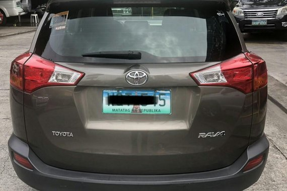 Sell 2014 Toyota Rav4 in Pasig