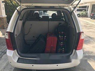 Selling White Kia Carnival 2014 Automatic Diesel