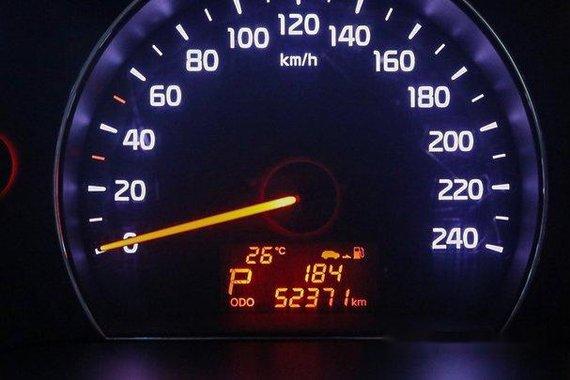 Selling Silver Kia Sorento 2014 at 52400 km