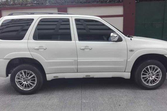 Sell White 2007 Mazda Tribute SUV / MPV in Quezon City