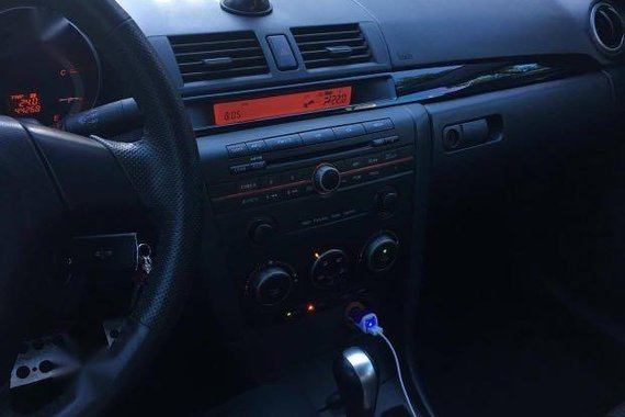 Selling Grey Mazda 3 2009 in Manila