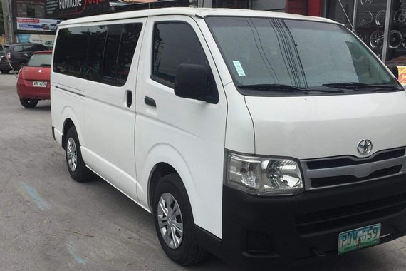 2011 Toyota Hiace Commuter for sale
