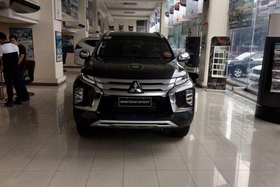 Black Mitsubishi Montero sport 2020 for sale in Santa Rosa
