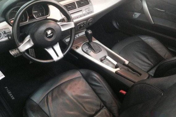 Selling Silver Bmw Z4 2005 Convertible in Quezon City